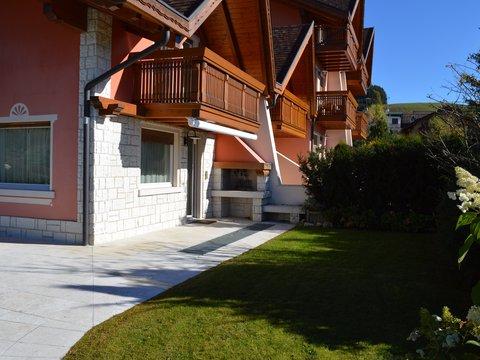 Villa in vendita in Via Holl a Camporovere di Roana