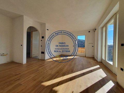 Appartamento in vendita a Foza