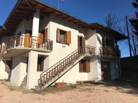 Casa Bi/Trifamiliare in vendita a Treschè Conca di Roana