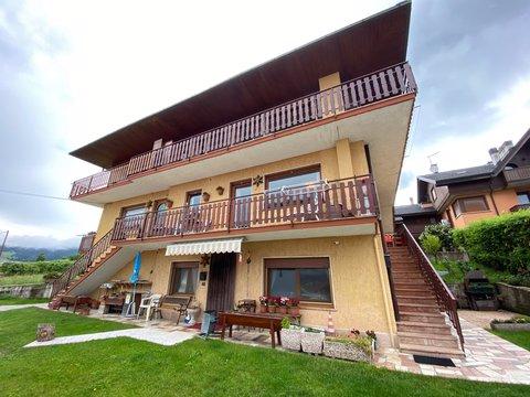 Appartamento in vendita in Via Costa ad Asiago